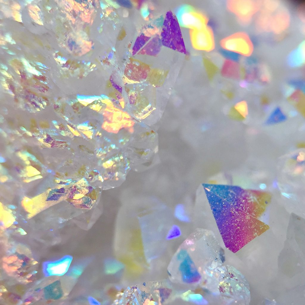 7) Beginners Crystal Healing Workshop + 6 Crystal Share Evenings