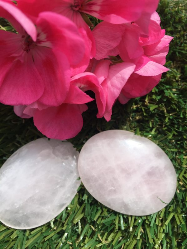 Rose Quartz Worrystone, Palmstone