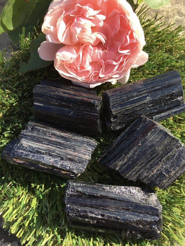 Black Tourmaline – Large, Rough, Crystal Healing, Protects & Grounds, Absorbs Negative / Electromagnetic Energy, Nightmares