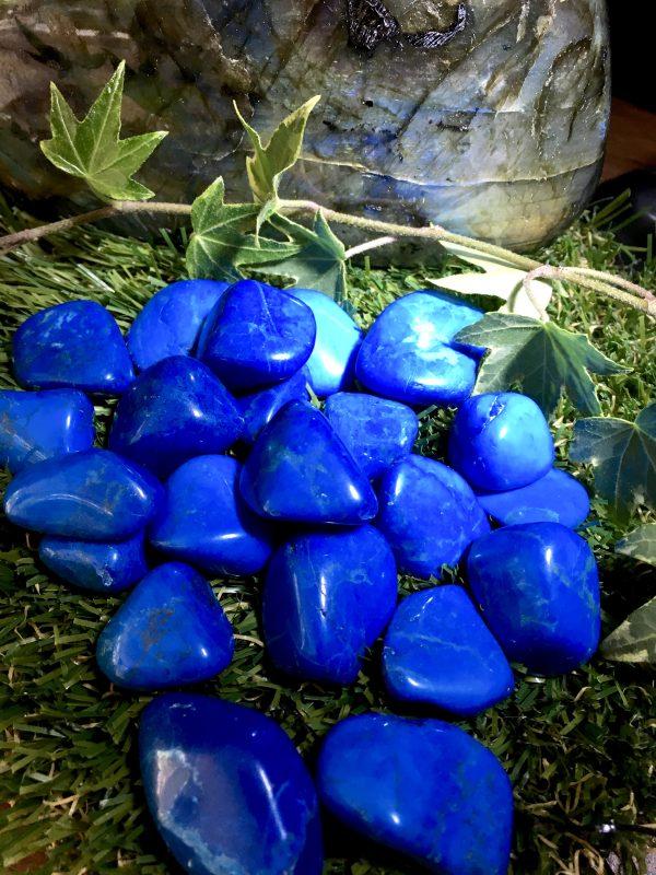 Howlite Blue Tumblestone – Communication, Emotional Release, Peace, Calm