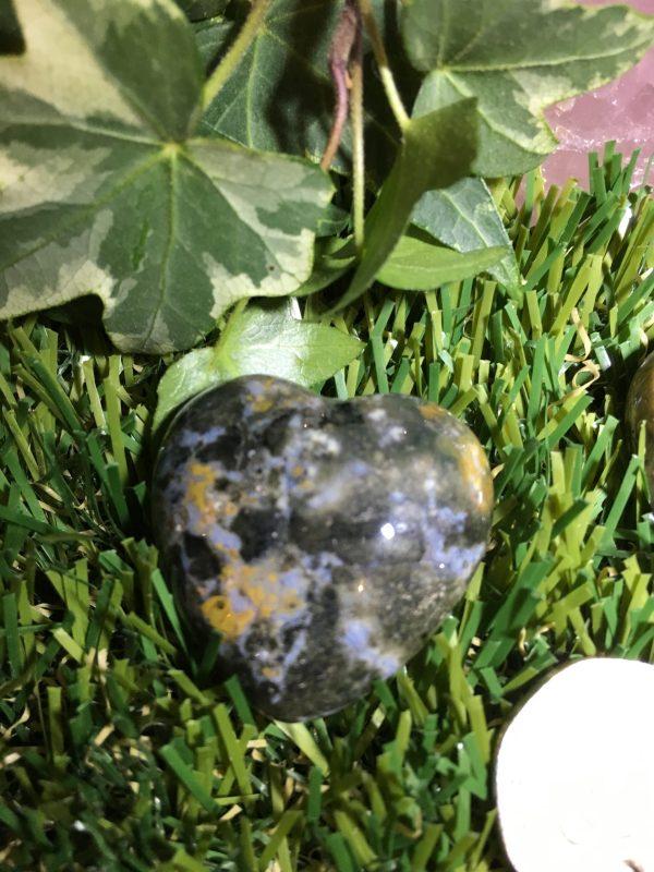Picasso Jasper Heart – Earth Healings, Shadow side – Light / Dark, Transformation, Change, Grounding