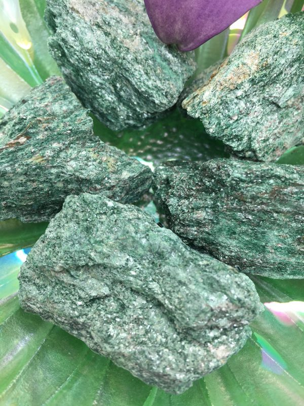 Fuchsite Natural Green – Meditation, Intuition, Herbal Knowledge, Holistic Medicine, Heart Chakra