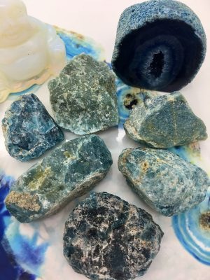 Apatite Rough Crystal – Knowledge, Truth, Sorrow, Apathy, Anger
