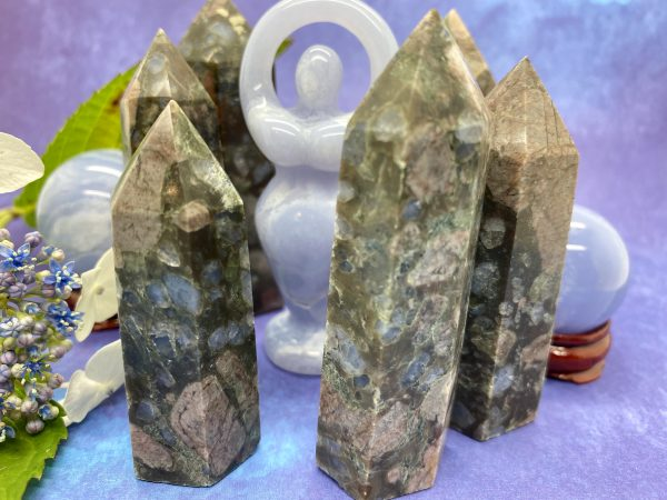 Llanite Crystal Towers Que Sera