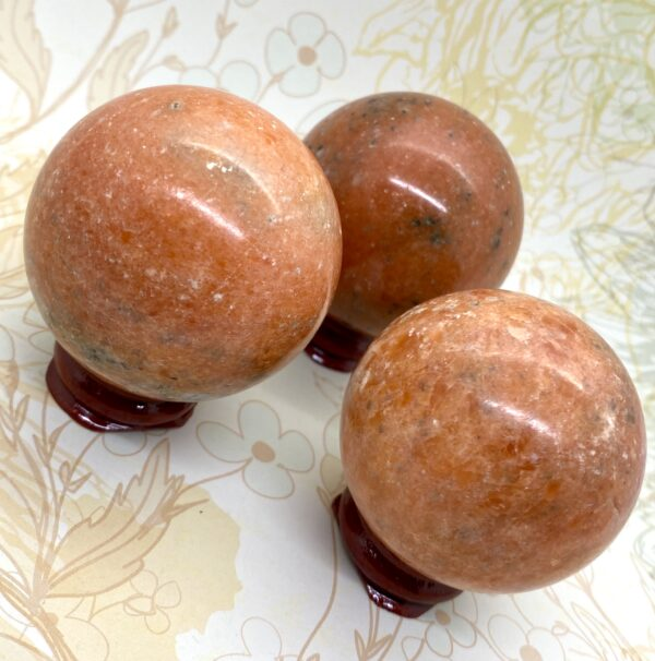 Sunstone Spheres