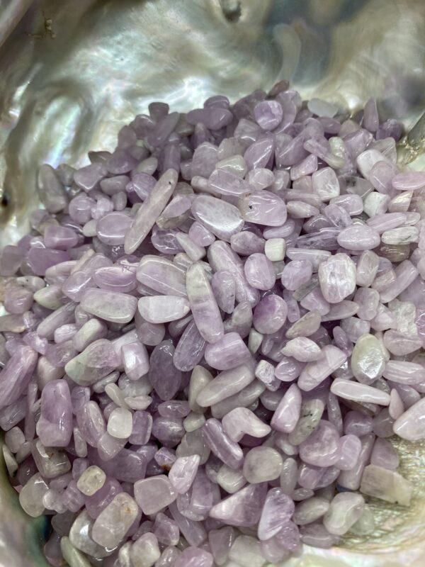 Kunzite Crystal Chips